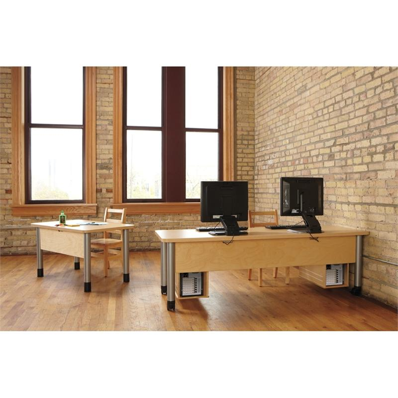 Truemodern Large Ready Table 1731jc051